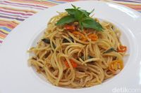 Resep pasta yang enak dengan perpaduan sambal matah