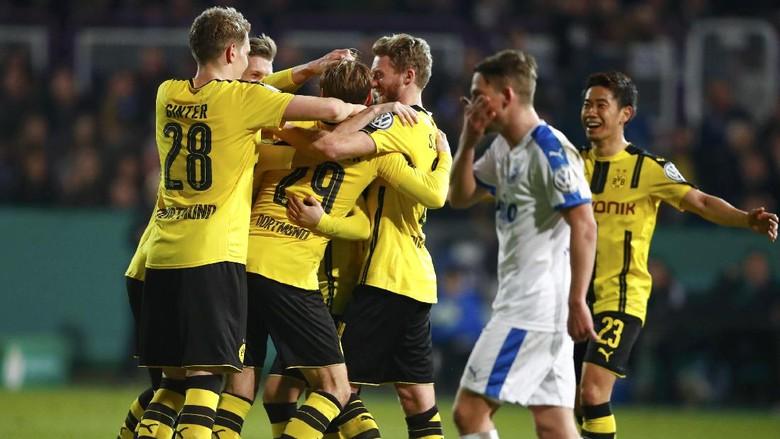 Singkirkan Sportfreunde Lotte, Dortmund Tantang Bayern di Semifinal