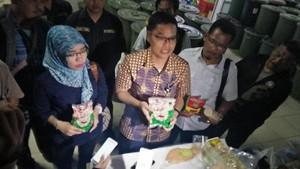 Sidak Pabrik Makanan Beku Ilegal, BPOM Banten Temukan Kecoa