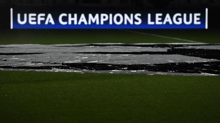 TURIN, ITALY - SEPTEMBER 14:  UEFA Champions League logo at The Juventus Stadium during the UEFA Champions League Group H match between Juventus FC and Sevilla FC at Juventus Stadium on September 14, 2016 in Turin, Italy.  (Photo by Valerio Pennicino/Getty Images)