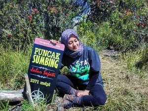 5 Tips Berpakaian Buat Hijabers untuk Naik Gunung Stylish & Nyaman