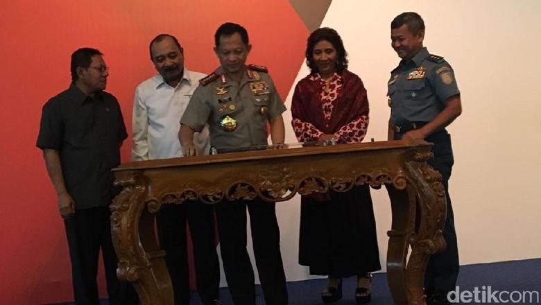 Berantas Maling Ikan Bareng Susi, Jenderal Tito: Terima Kasih Ibu