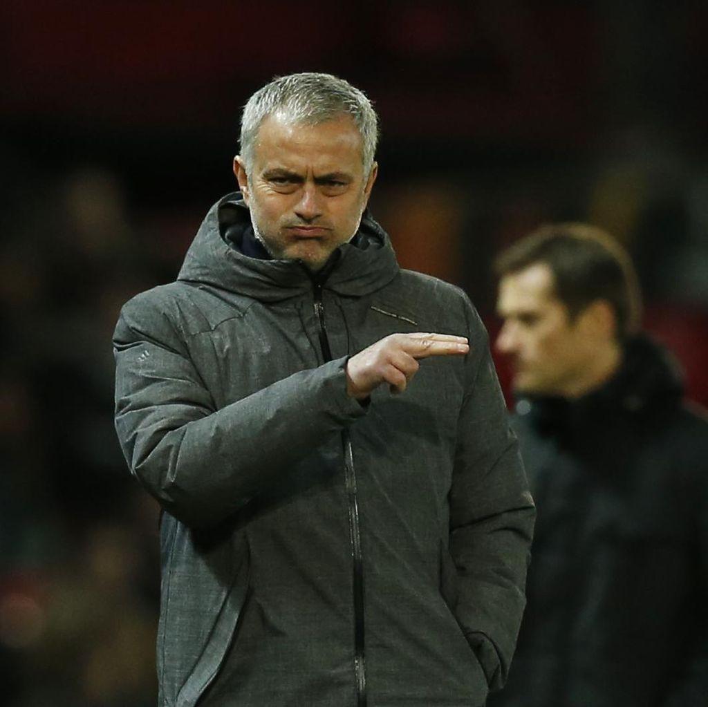 Cederanya Ibrahimovic dan Rojo Pengaruhi Rencana Transfer Mourinho
