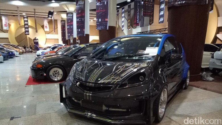 Modifikasi Mobil Mulai Digelar Di Surabaya  Menyediakan Rental Mobil