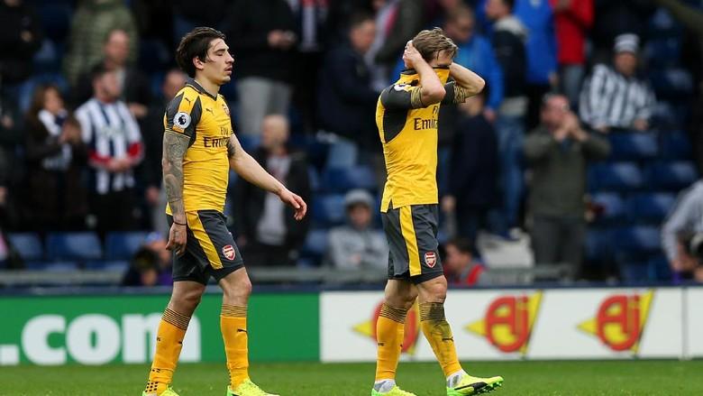 Arsenal Telan Empat Kekalahan dari Lima Laga, Wenger: Sangat Mengkhawatirkan