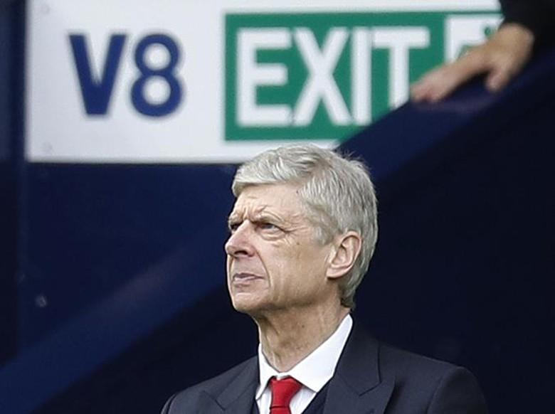 Sagna Beri Dukungan untuk Wenger