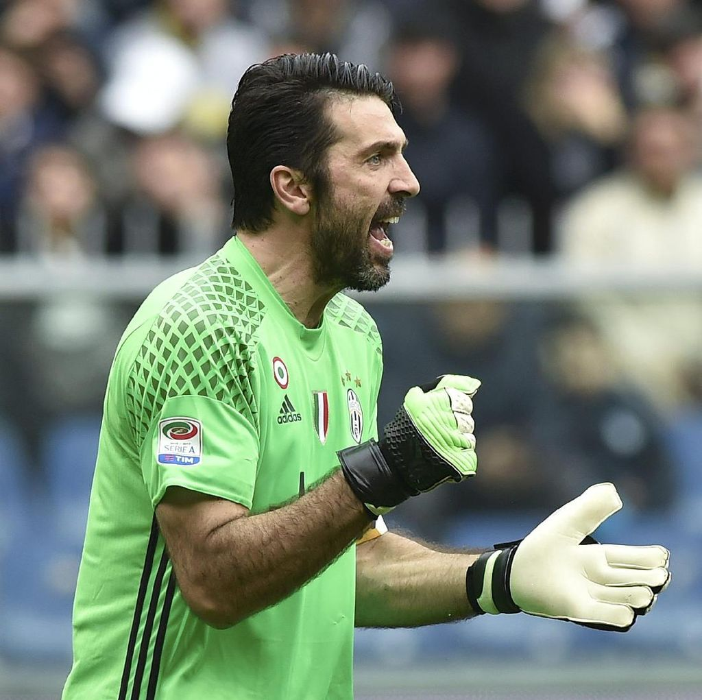 Rekor Buffon Warnai Kemenangan Juventus