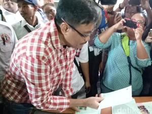 Tinjau Posyandu di Jakbar, Djarot Minta Warga Dilayani dengan Hati