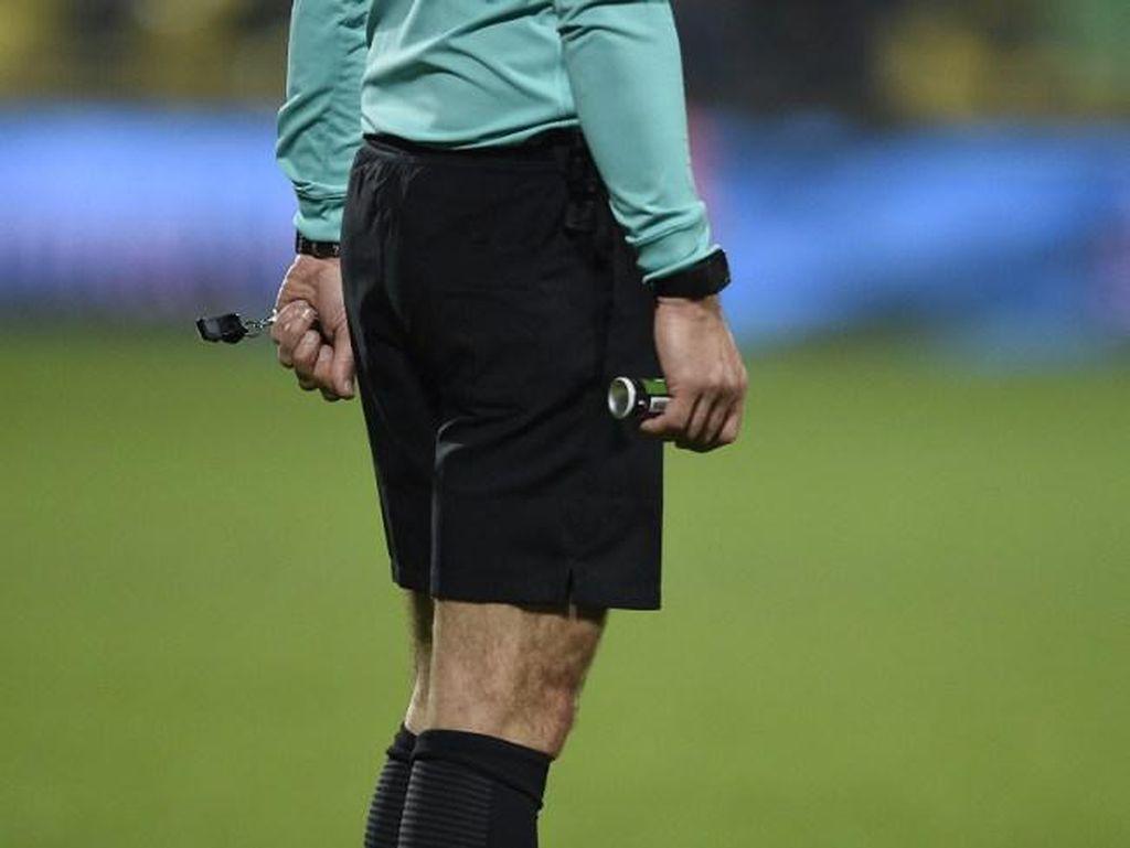 Banyak Klub Liga 2 Intimidasi Wasit