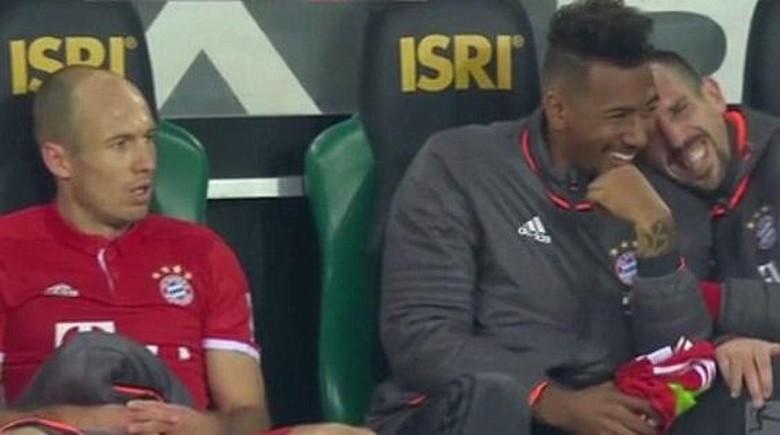 Robben Kesal Sekali, Sejumlah Rekannya pun Tertawa Geli