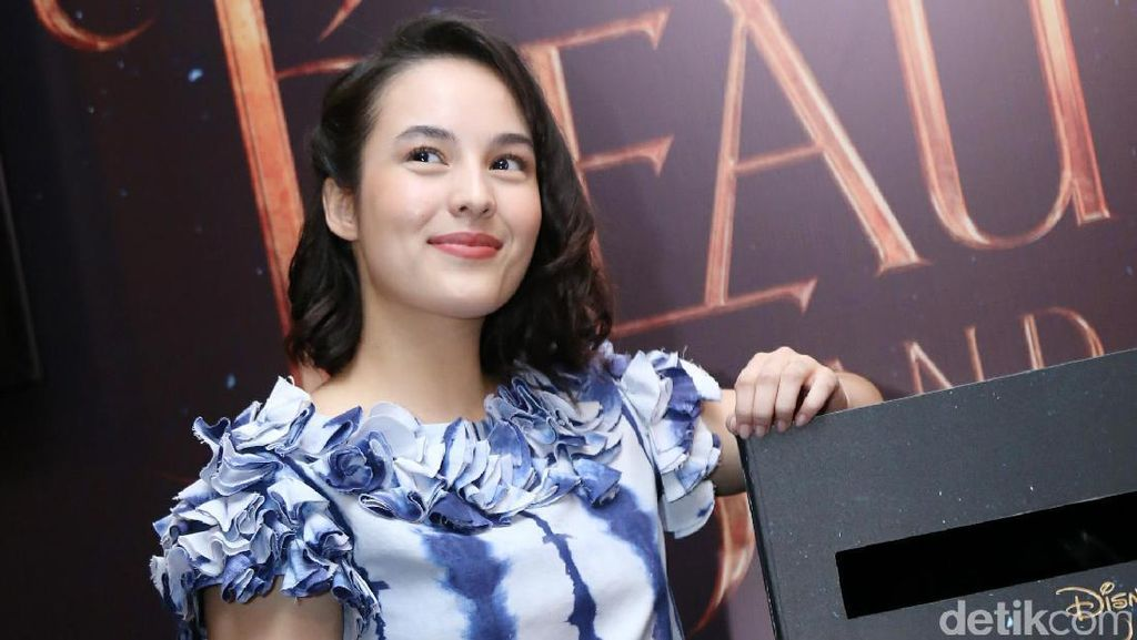 Imajinasi Penuh Nostalgia Chelsea Islan dalam Beauty and The Beast