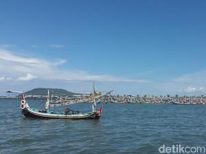BMKG Imbau Tak Melaut, Nelayan di Banyuwangi Nekat Berlayar