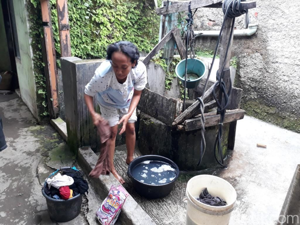 Hari Air se-Dunia, Warga Cijagra Bandung Masih Kesulitan Air Bersih