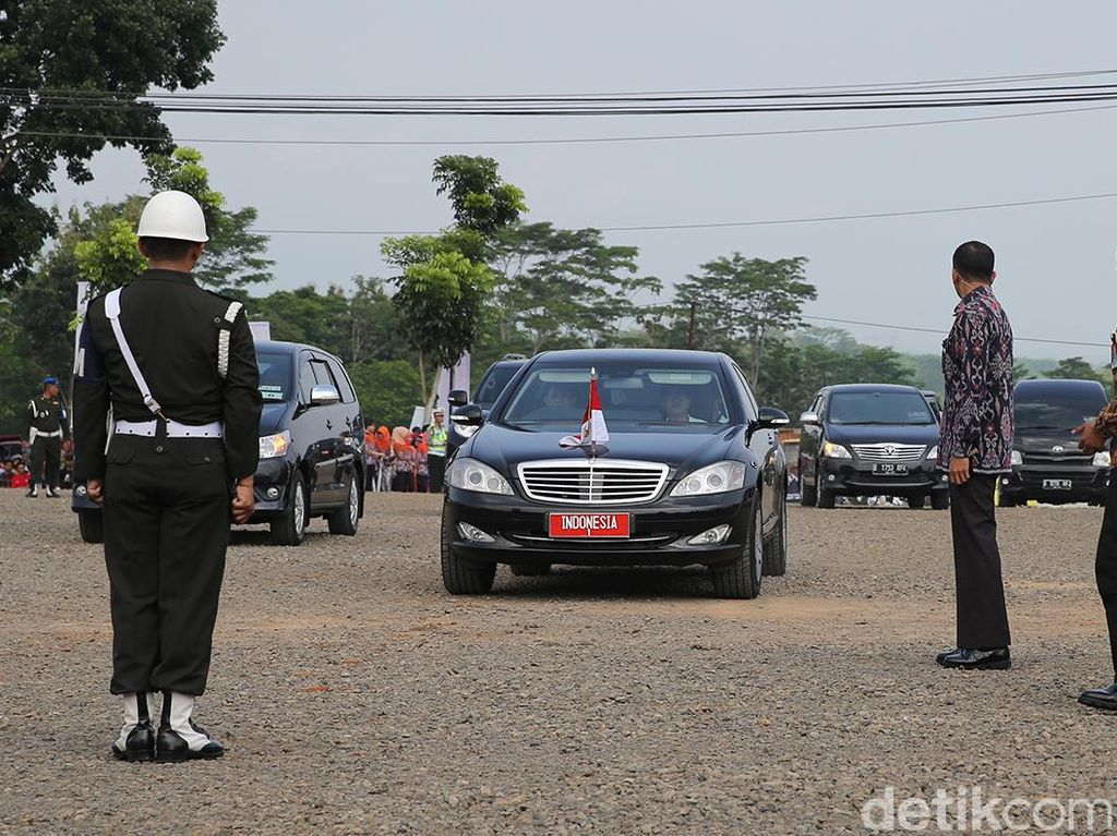 Mobil Dinas Jokowi Mogok Lagi