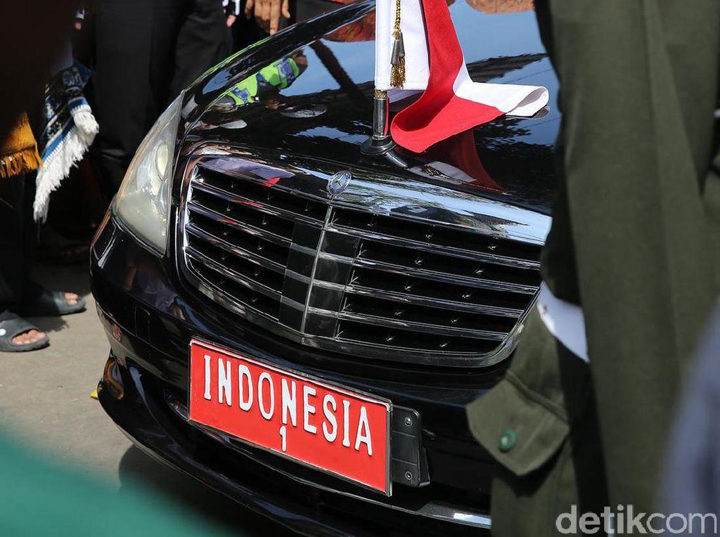 Sudah Berusia 10 Tahun, Wajar Mobil Dinas Jokowi Mogok Terus