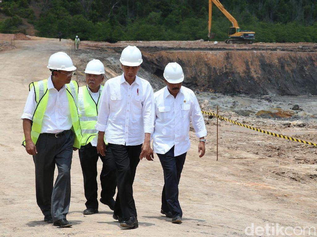 Asyik Nih, Jokowi Collabs Pekerja Waduk Sei Gong