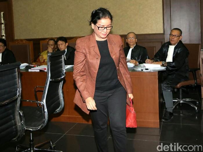Ditelepon Pengacara, Miryam Haryani Ngaku Kaget Jadi Buronan KPK