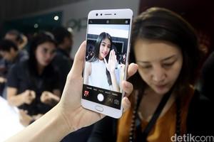 Oppo F3 Plus Jagokan Fitur Kamera Ganda