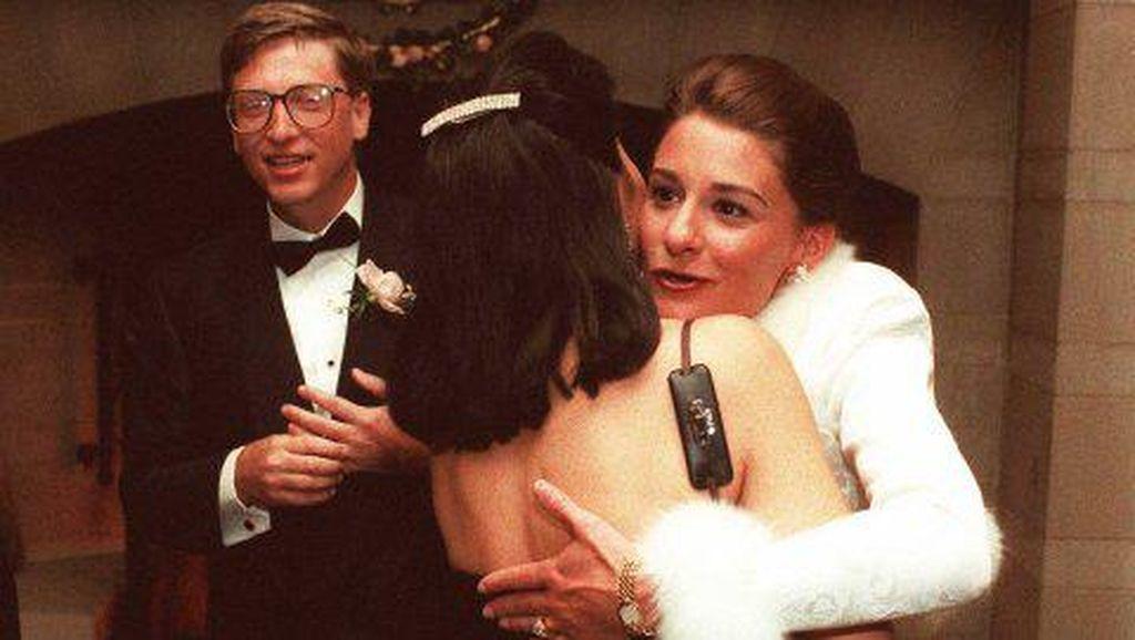 Wanita Cantik Sederhana yang Jadi Tambatan Hati Bill Gates
