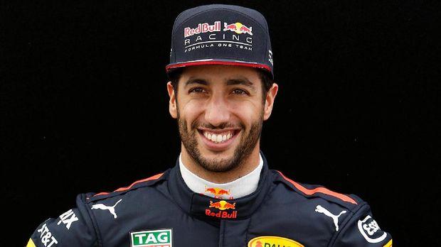 Daniel Ricciardo akui tekanan bersaing dengan pebalap-pebalap muda.
