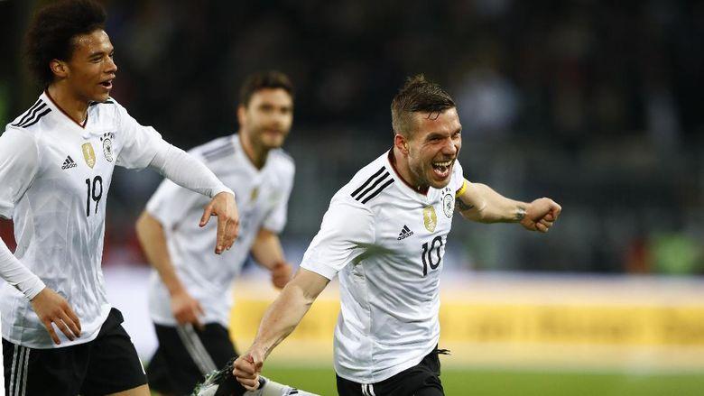 Berkat Gol Tunggal Lukas Podolski Jerman Kalahkan Inggris