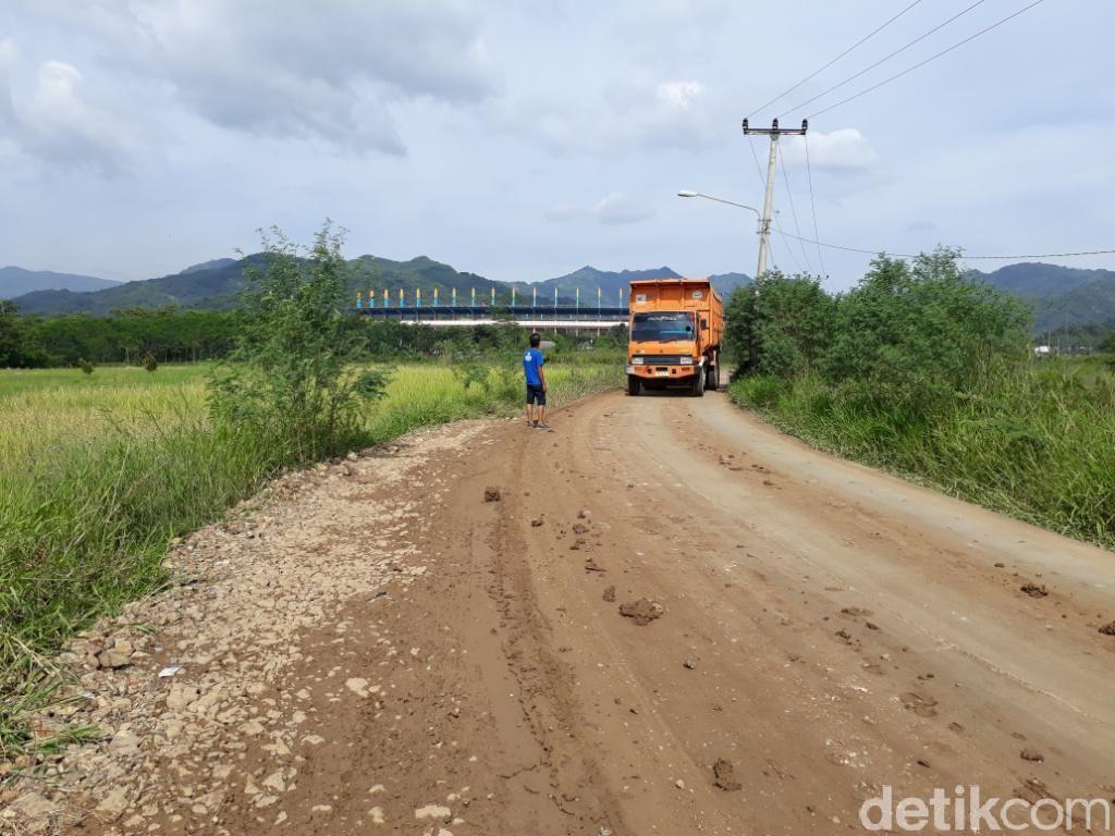 Perjalanan Tol Soroja: dari Pembebasan Lahan Sampai Diresmikan Jokowi