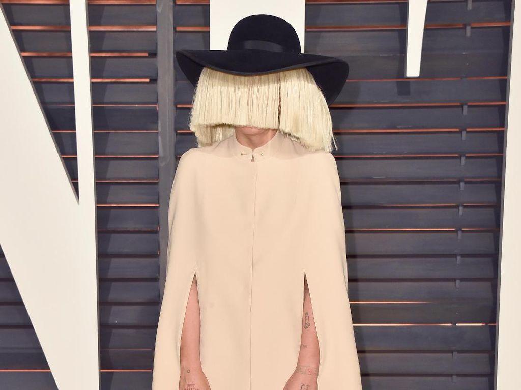 Sia Jadi Sutradara Terburuk di Razzie Awards