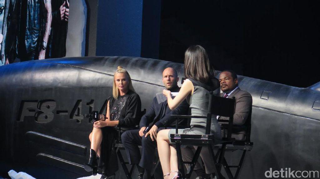 Setelah 13 Tahun, Fast 8 Pertemukan Charlize Theron dan Jason Statham