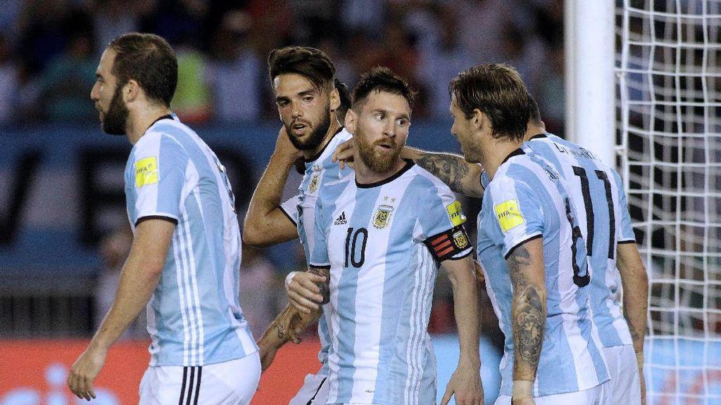 Argentina Tak Bisa Selamanya Bergantung pada Messi