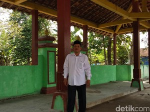 Wayang Tiban di Makam Bantul: Pengundang Misterius, Ramai Warga
