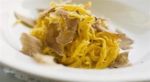 Ini Sajian Pasta Memakai Jamur Truffle Putih yang Termahal di Amerika