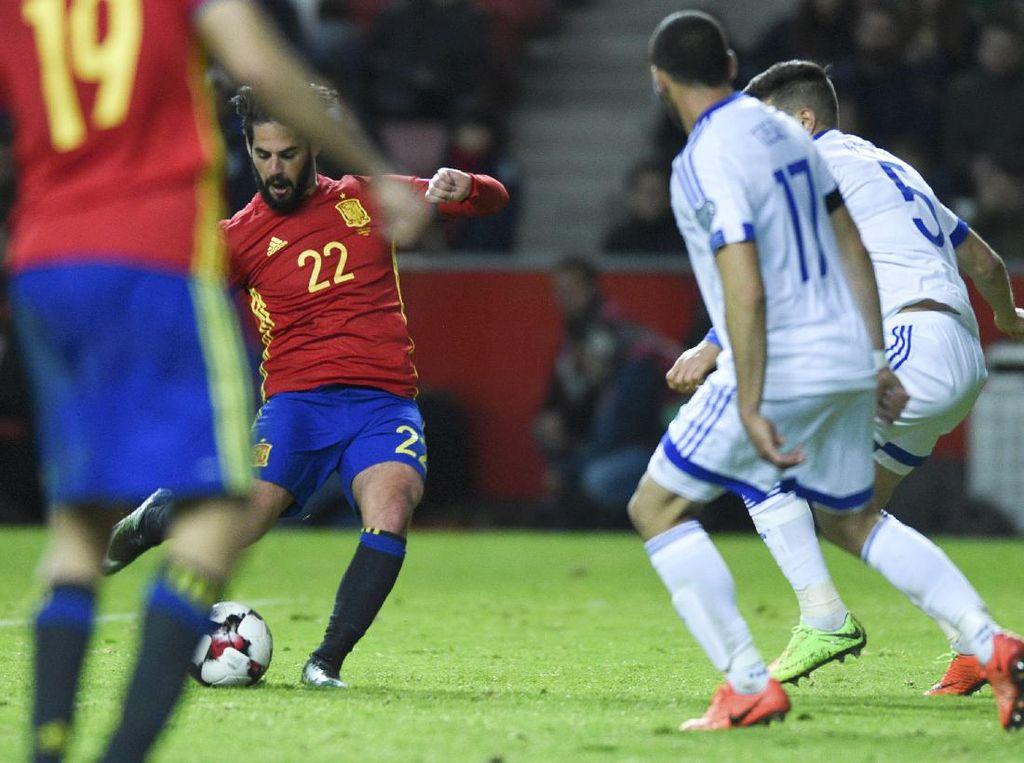 Spanyol Hantam Israel 4-1
