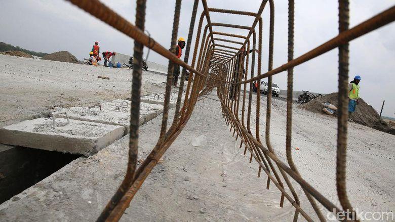Butuh Rp 931 T, Anggaran Infrastruktur Jokowi Hanya Tersedia Rp 450 T