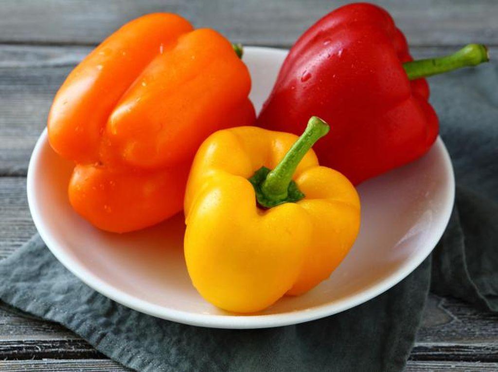 Doyan Makan Paprika? Ini Dia 5 Manfaat Sehatnya