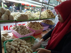 Kampung Pempek 26 Ilir, Tempat Berburu Kapal Selam di Palembang