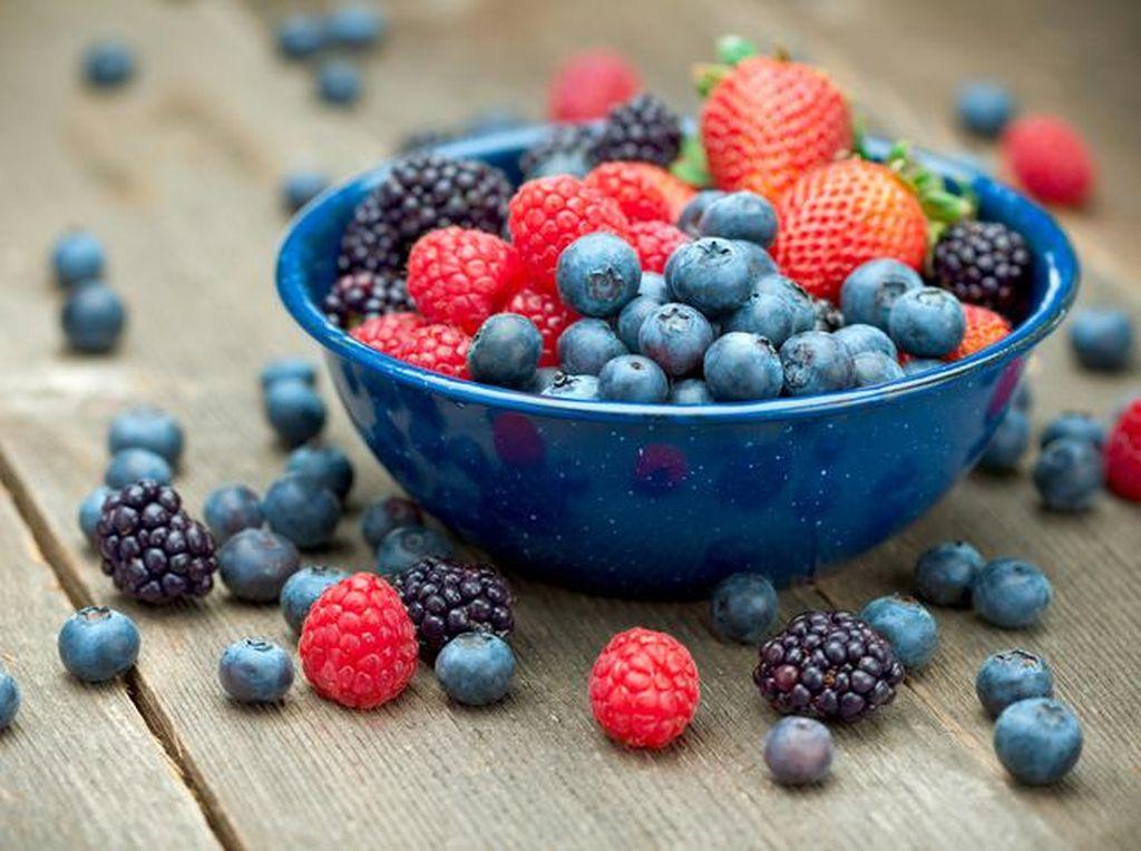 Agar Kadar Asam Urat Tetap Normal, Konsumsi 10 Makanan Enak Ini