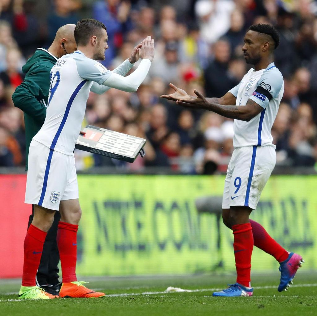 Defoe Masuk Timnas Lagi, Striker Inggris yang Lain Mana?