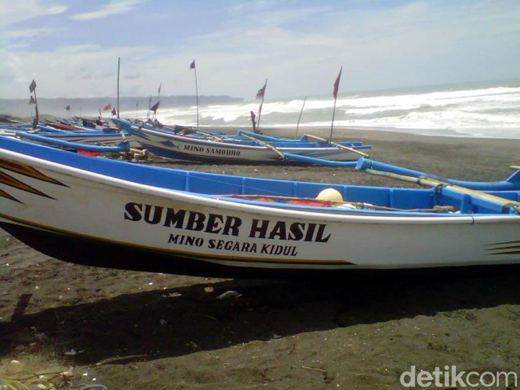 Gelombang Tinggi, Ratusan Nelayan di Bantul Tak Berani Melaut