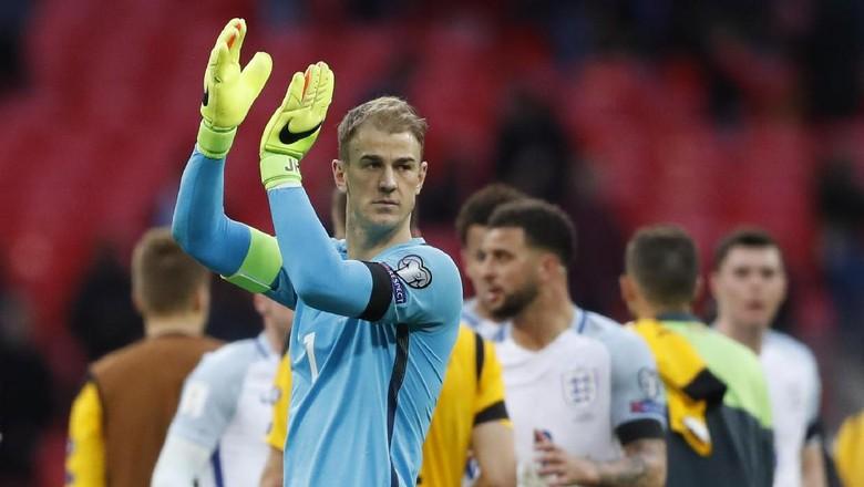 Starting XI Pemain Inggris yang Absen di Piala Dunia 2018