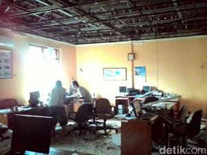 Atap Kantor Stasiun Klimatologi Dramaga Bogor Rusak Diterjang Angin