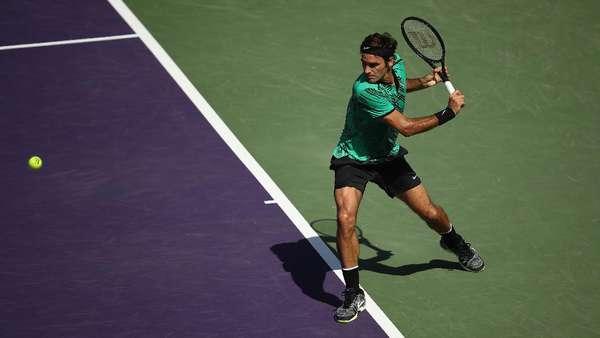 Federer Hempaskan Del Potro untuk Maju ke Babak 16 Besar