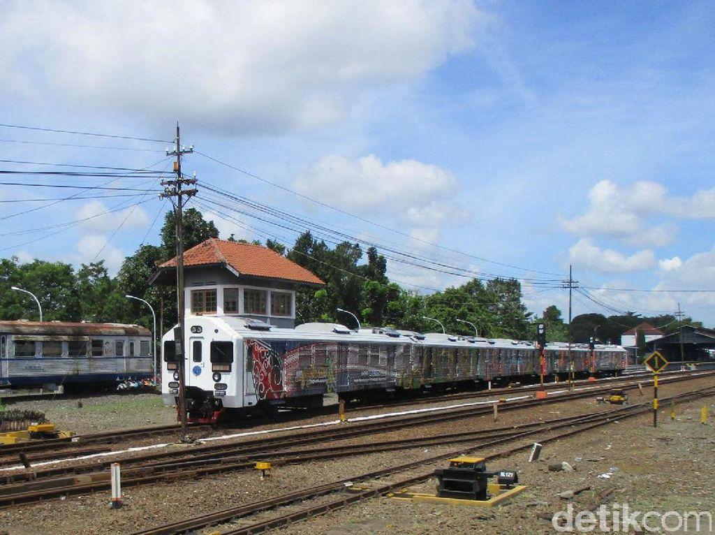 KAI Semarang Operasikan Kereta Tambahan untuk Libur Waisak