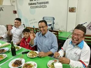 Mampir di Cirebon, Anies Baswedan Nostalgia Makan Nasi Lengko