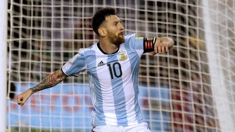 Messi Disarankan Tak Usah Kembali ke Timnas Sekalian