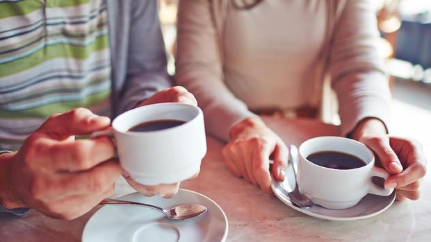 Kafein dalam kopi biasa memicu palpitasi.