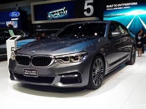 BMW Rilis Seri 7 dan Seri 5 Terbaru