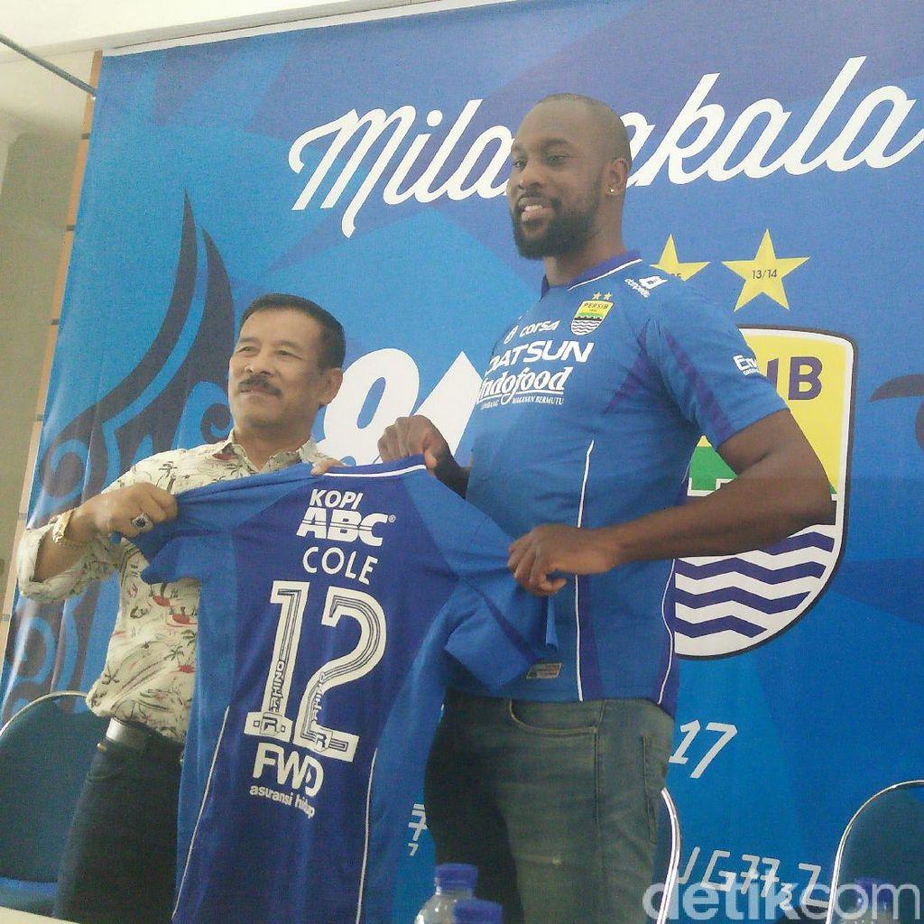 Carlton Cole: Para Pemain Indonesia Mesti Perbaiki <i>Decision Making</i>