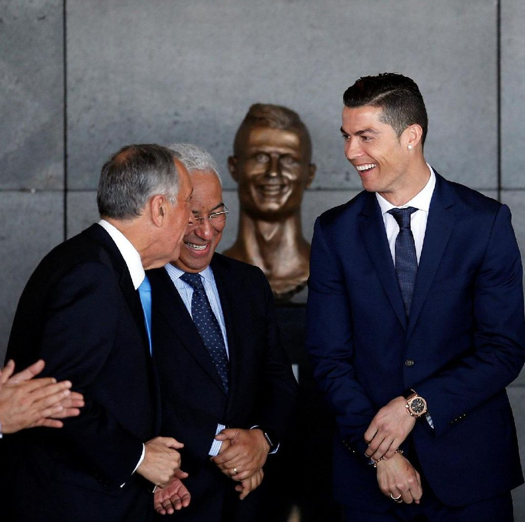 Patung Wajah Ronaldo di Bandara Madeira Jadi Olok-olokan