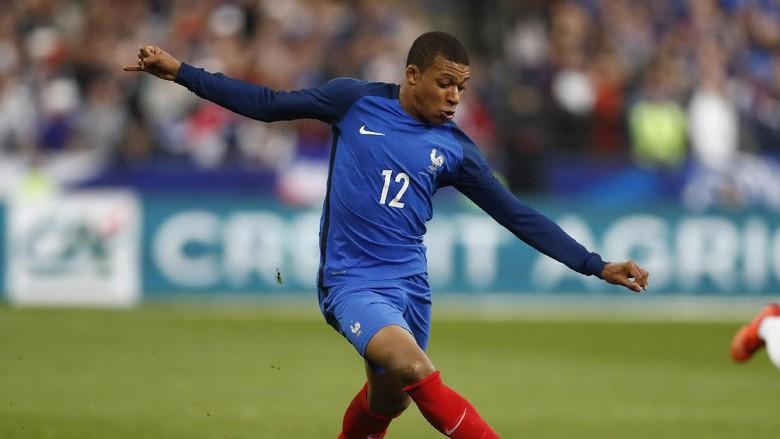 Mbappe Kini Jadi Rebutan Tim Senior dan Junior Prancis