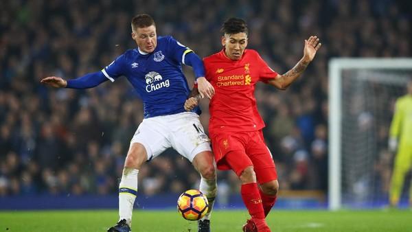 Tekanan Psikologis di Everton Untungkan Liverpool